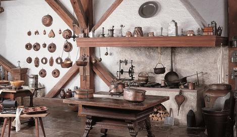 Historische Küchengeräte