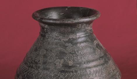 Keltische Tonflasche Detail