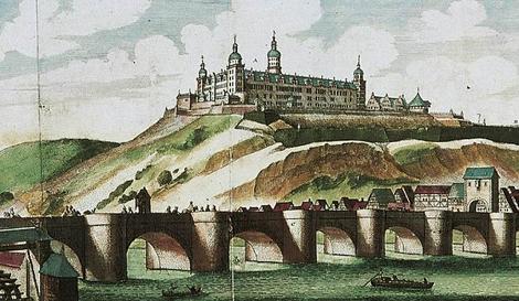 Grafik Ansicht der Festung Marienberg und der Alten Mainbrücke zu Würzburg, 17. Jahrhundert